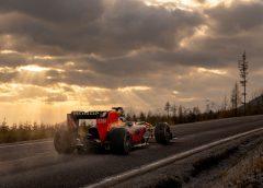 Castle to Castle je výsledok nedávneho natáčania RedBull Racing v našich končinách!