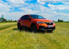 Prvá jazda: Renault Arkana E-TECH – Zelená voľba